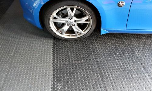 garage floor www.chathamhillonthelake.com