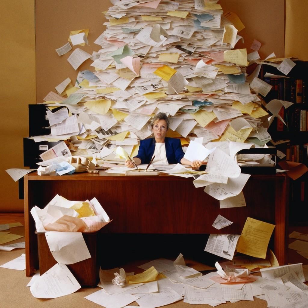 messy desk www.chathamhillonthelake.com
