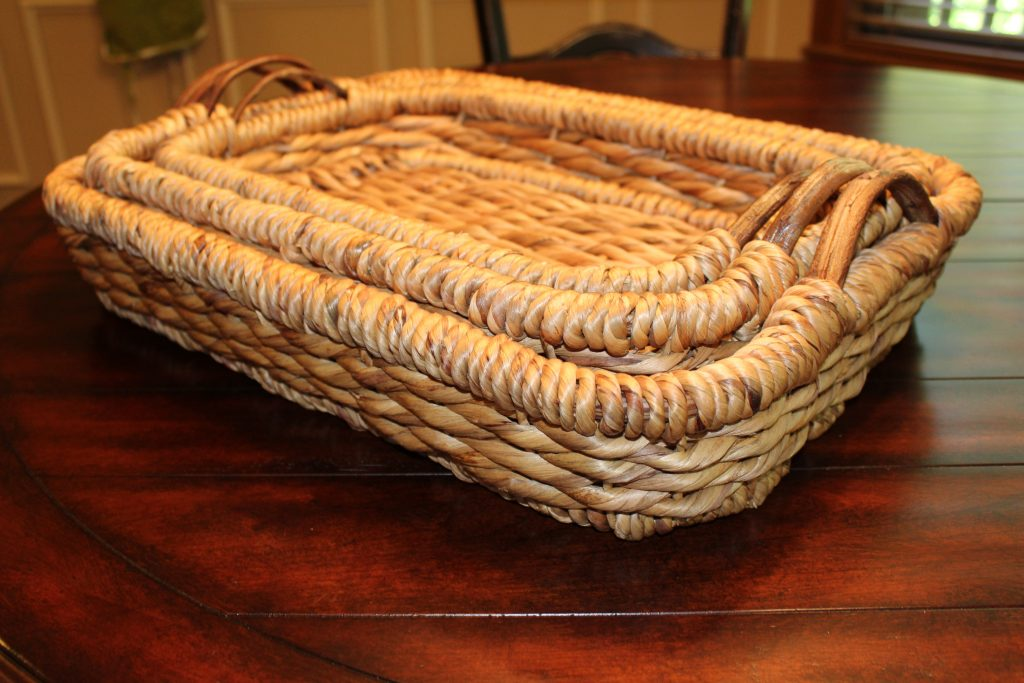 Nesting Baskets used for base for centerpiece www.chathamhillonthelake.com