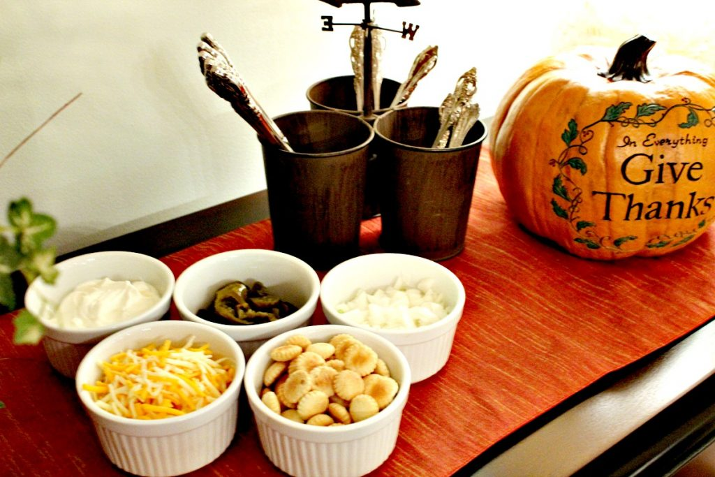 Chili Toppings www.chathamhillonthelake.com