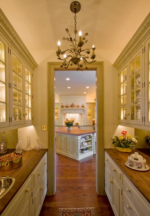 Custom Butler's Pantry www.chathamhillonthelake.com