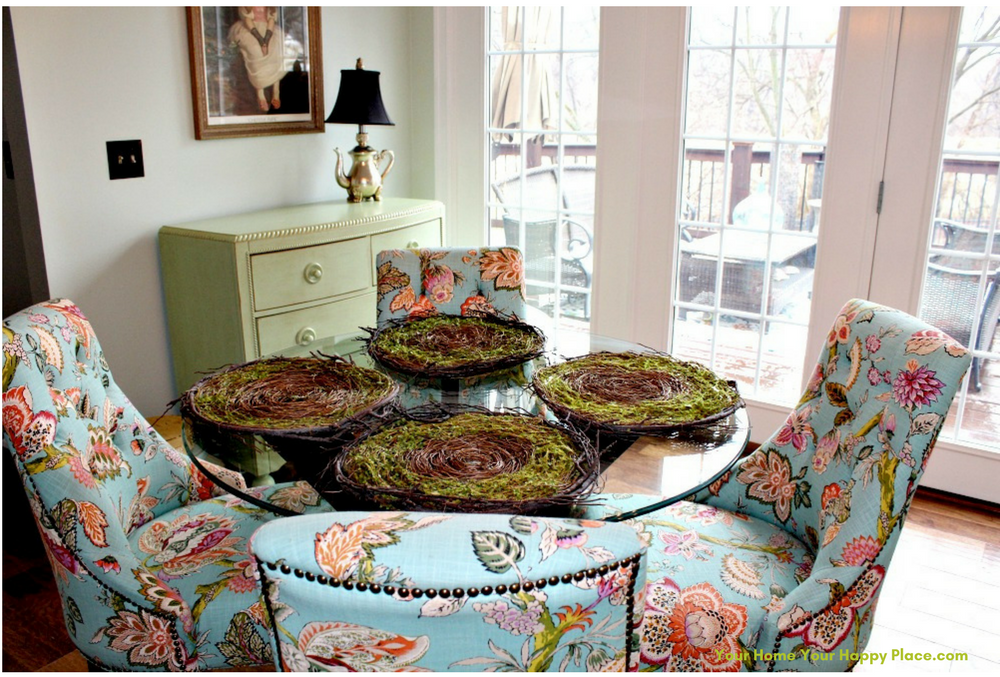 Setting the First Layer on Your Spring Table www.yourhomeyourhappyplace.com