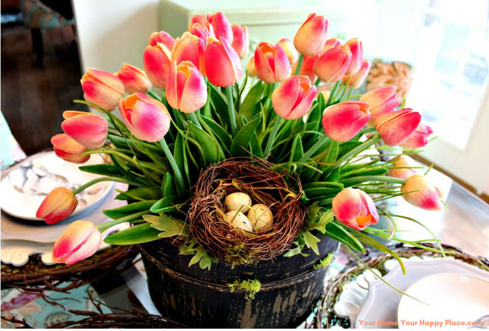 Tulips Center Piece www.yourhomeyourhappyplace.com,
