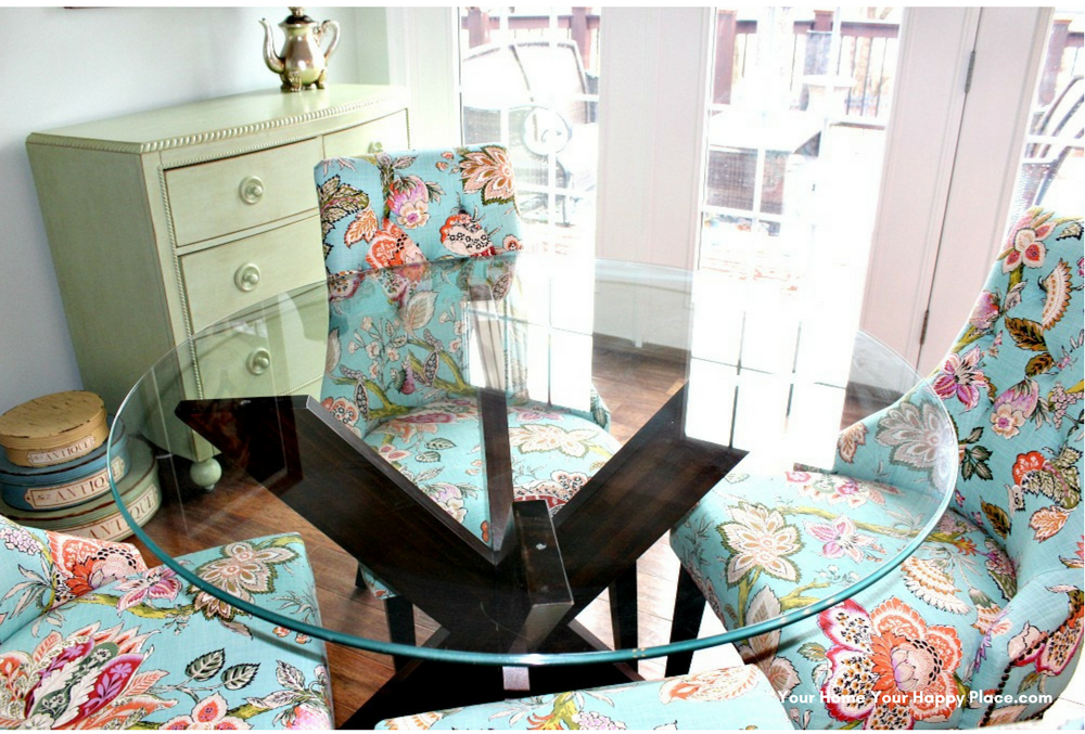 Join the Bunny Hop and visit Bloggers Homes to see how their tables and homes are set for Spring! www.yourhomeyourhappyplace.com