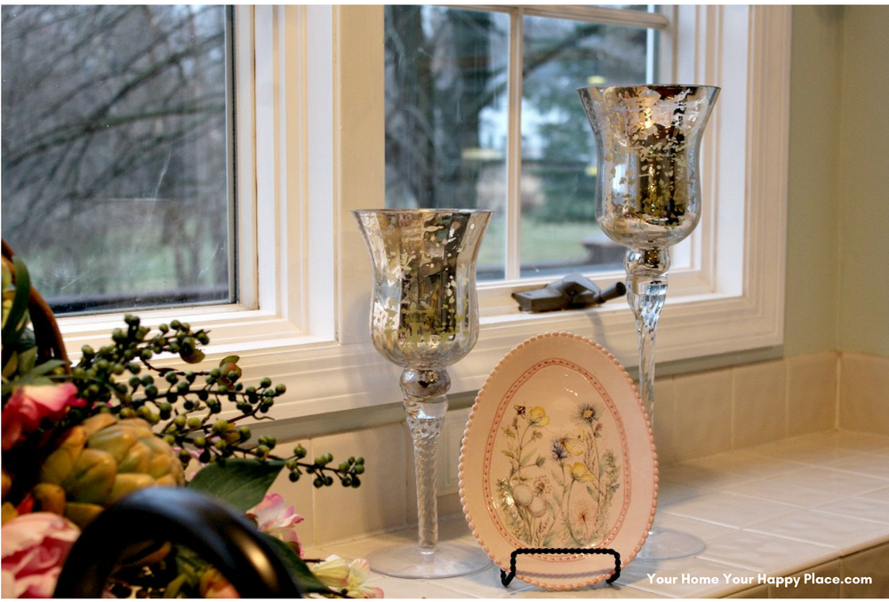 Easter Vignette for the kitchen www.yourhomeyourhappyplace.com