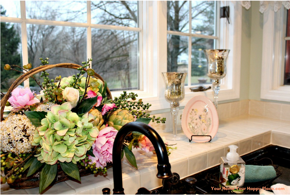 Spring Flowers for Spring Decor www.yourhomeyourhappyplace.com